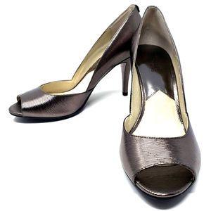 NWOT Michael Kors Metallic Heels - 10